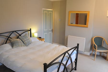 Sunny Large Double Room