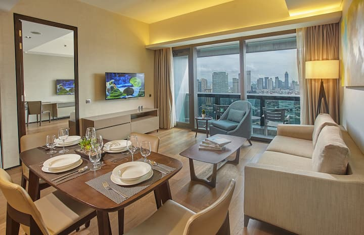 Fully furnished 1 BR Suite   I'M Residence Makati