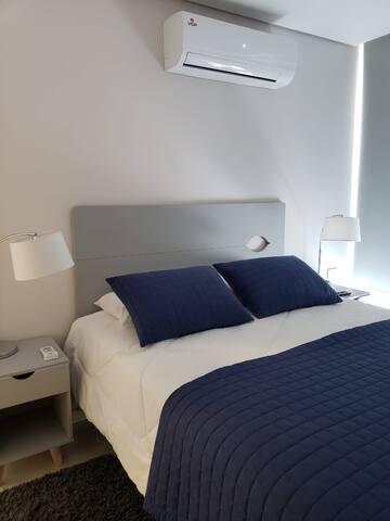 Bedroom - Dormitorio