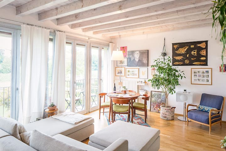 Cozy & sunny apartment in Franciacorta Wine Region - Bornato - アパート