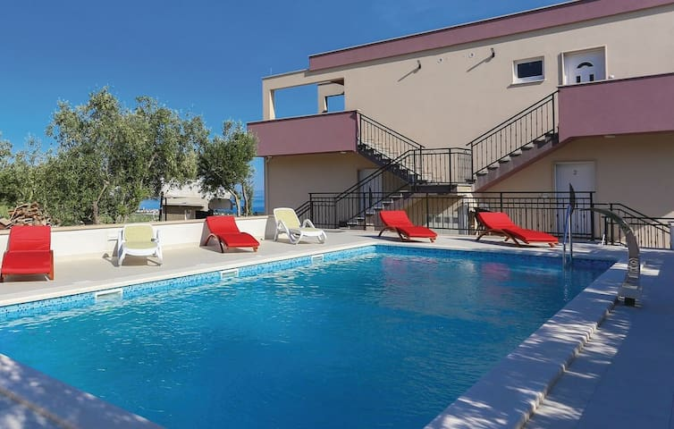 Villa RIMAC in Trogir near Split for 15 + 1 people