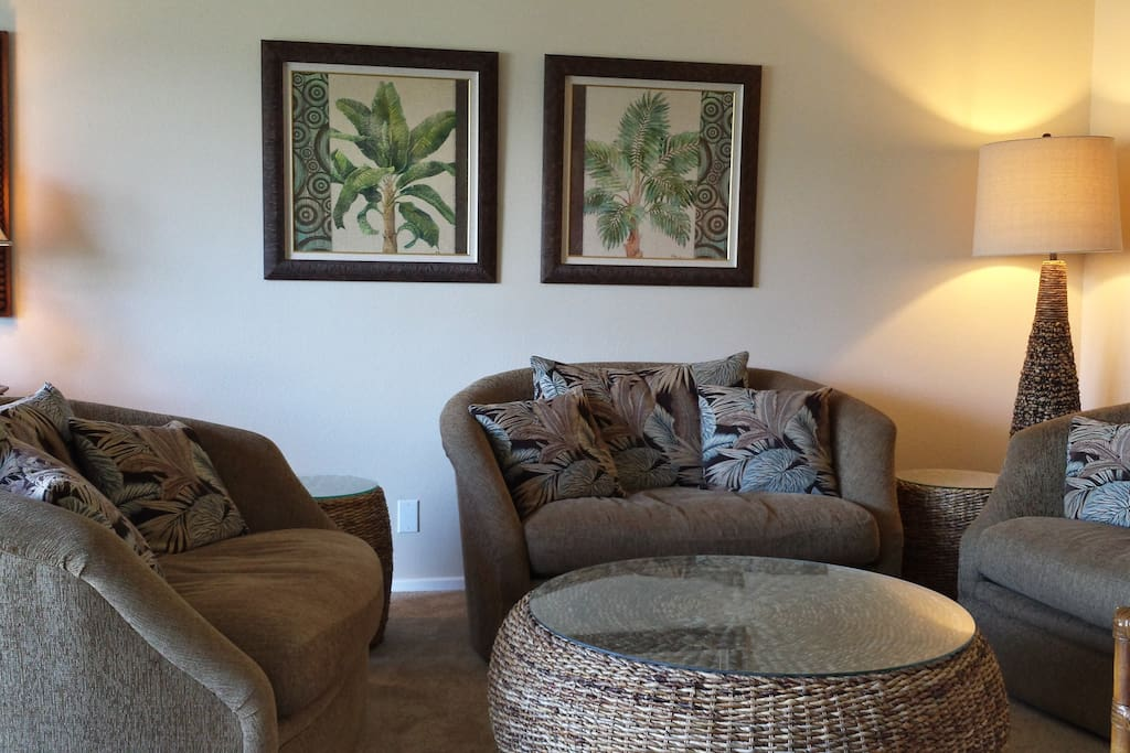 Large couch chairs that swivel