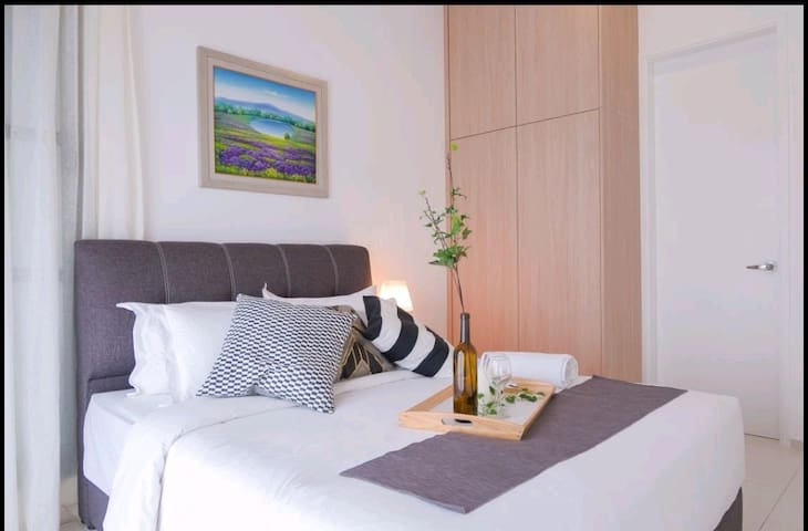COZYHOME WITH MODERN DESIGN 6-8PAX@ALMA BM