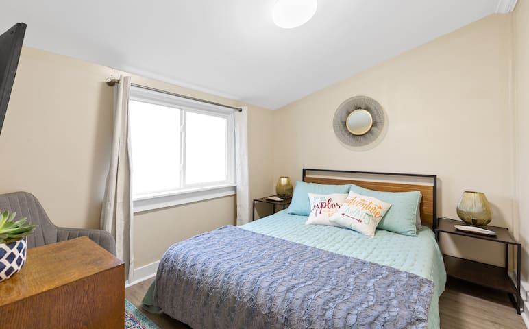 Private Guest Suite- 2 mi. from Downtown/Southside