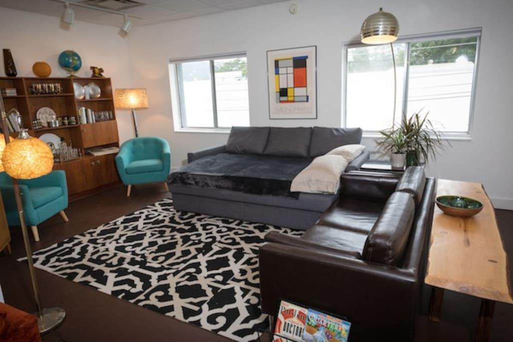 Living Room, TV & Sofa Bed