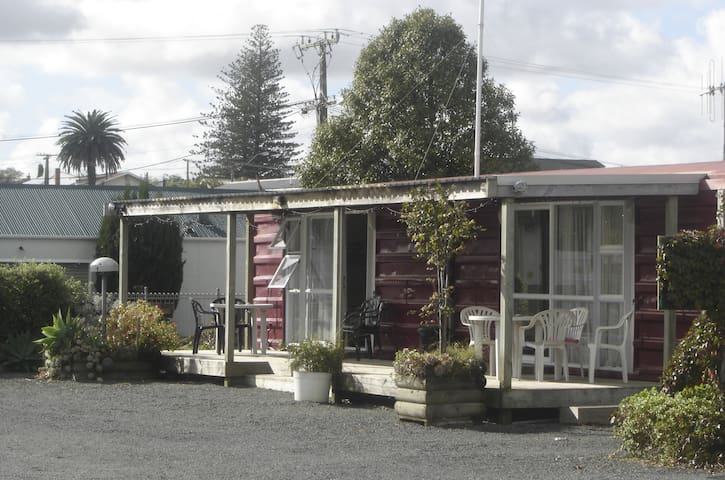 Dargaville Campervan Park and cabin