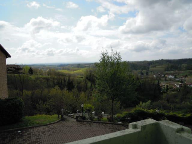 Camere sulle Colline del Monferrato - Montemagno - House