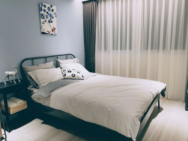 Life is Good~  Thinking ,newly renovated room
