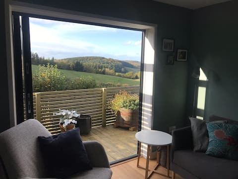 The Lookout: beautiful views, great walks nearby!