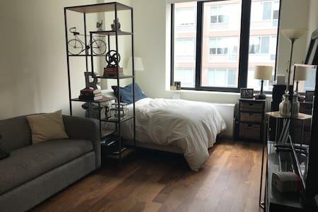 Spacious Studio Apartment in Luxury Building