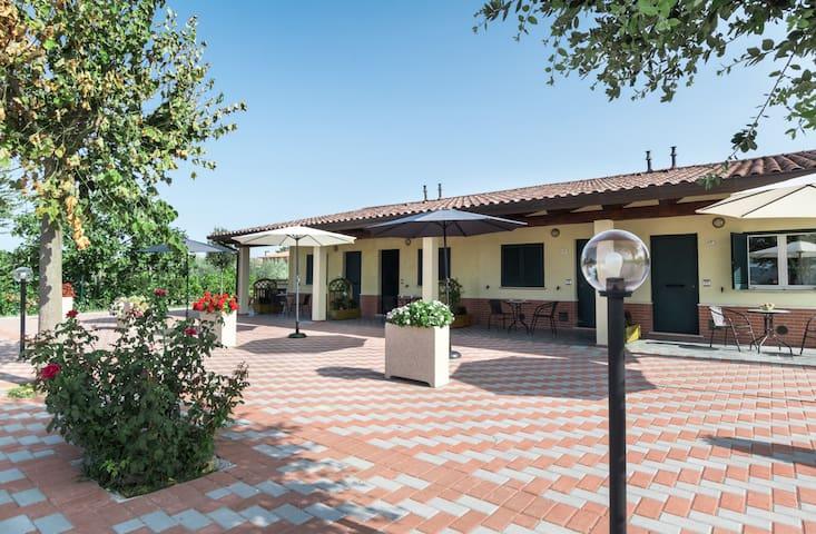 Appartamenti vicino Piscina Comunale Bastia Umbra