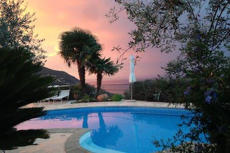 Angolo di paradiso con vista mare - Moneglia - Huis