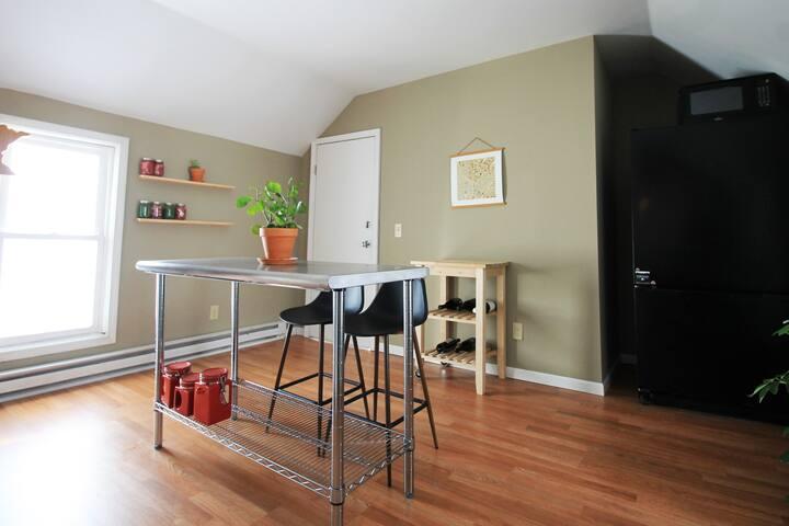 Cozy + Centrally Located Duplex