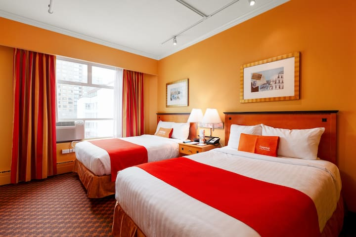Cozystay Vancouver Downtown - 304 - 2 double beds