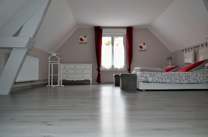 Poppygite - Farbus - Dom