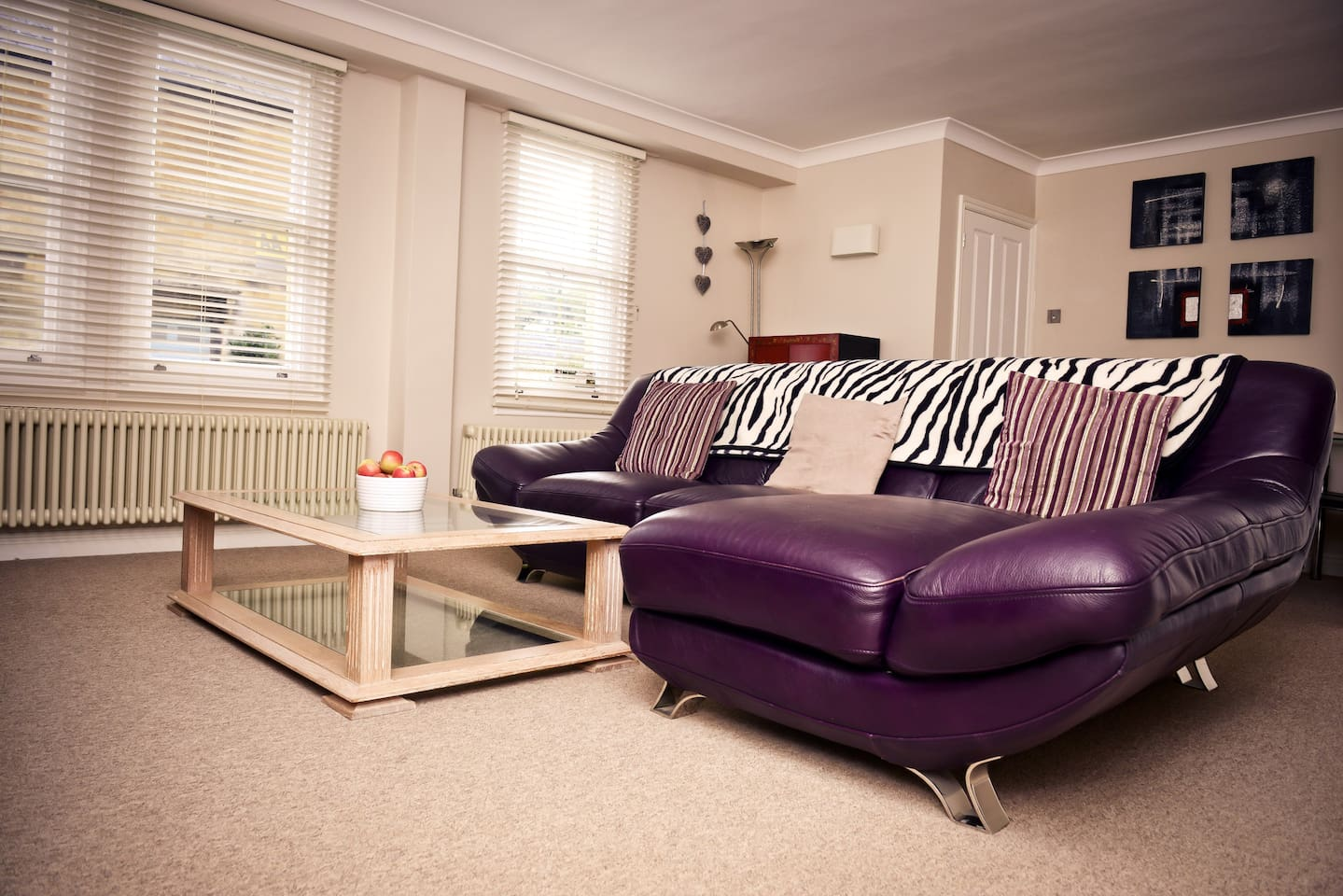 Living room - spacious with large leather sofa