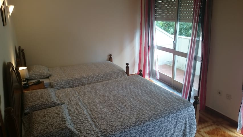 triple room with balcony - Valença - Other