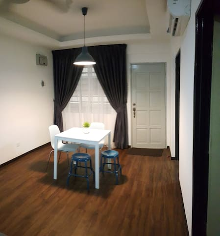 [NEW!] Cheap Affordable Entire Place in PJ - Petaling Jaya - Apartemen