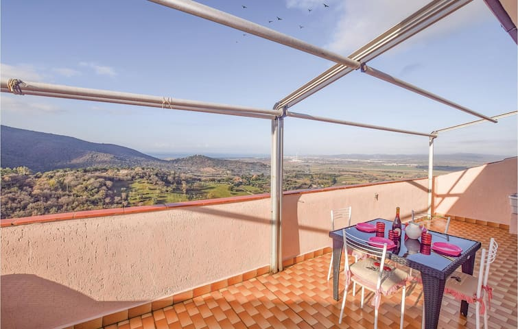 Holiday apartment with 4 bedrooms on 185m² in Scarlino