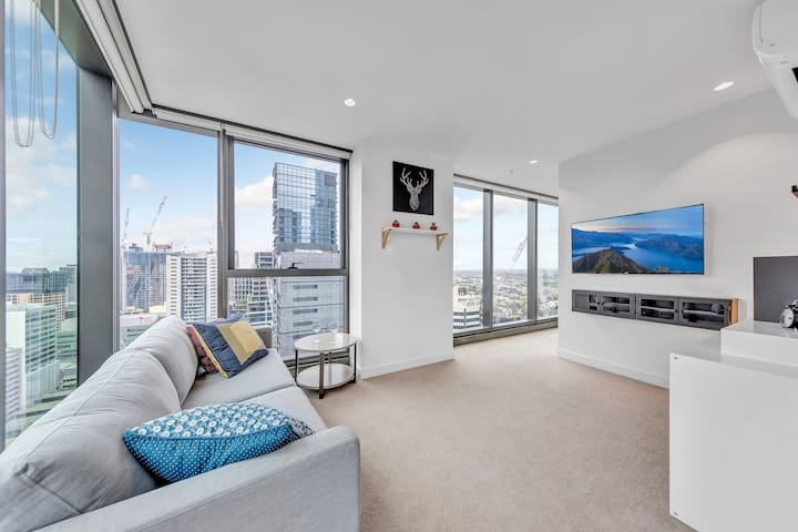 Living by the Clouds - 1BR Apt @ Melb Central #3