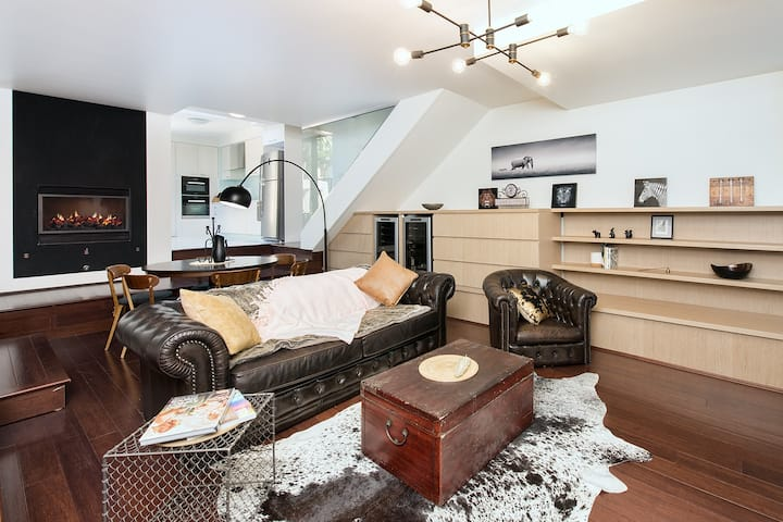 Modern, Luxe & Roomy Home 5mins to Central station
