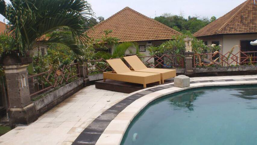 Peaceful private villa - Ungasan - Talo