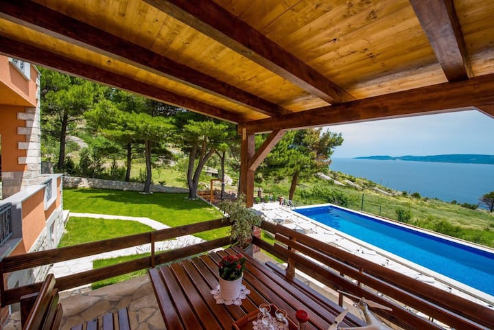Villa Jozini trudi / Omiš,Lokva Rogoznica