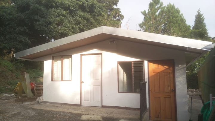 2 room house 20mins from san jose, rainforest area