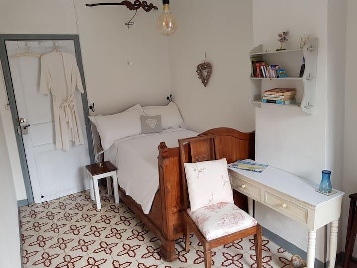 Sunny Single Room, Canal du Midi: 2km Tourouzelle