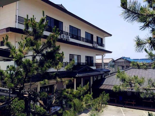 Seaside Hotel