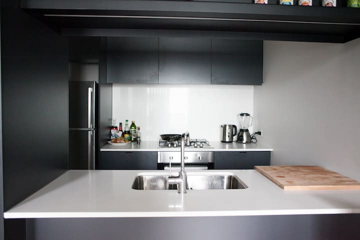 Room in a modern apartment near Fitzroy & CBD - Collingwood - Pis