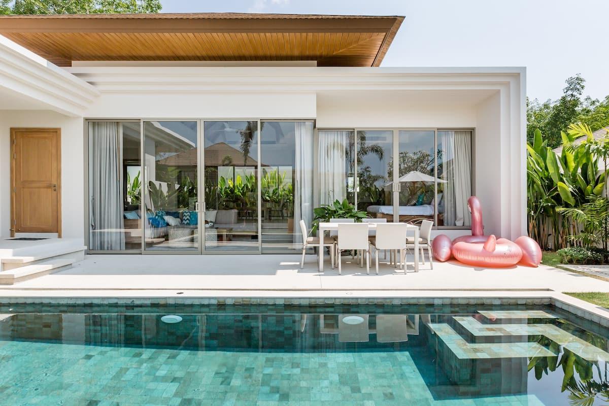3bedrooms pool villa in bangtao普吉岛邦涛海滩三卧豪华泳池别墅