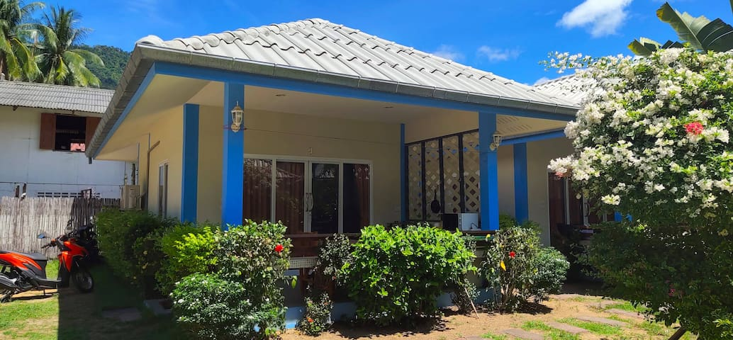 2/ Island Samui: near beach+pool+terrace+kitchen