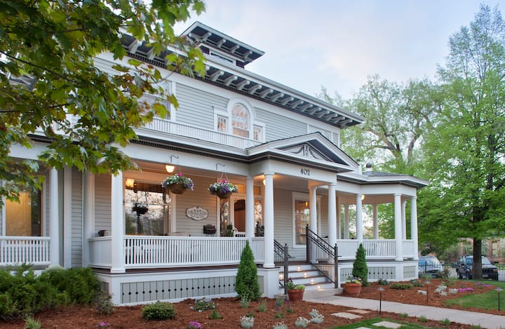 Modern Victorian Elegance in the heart of Old Town