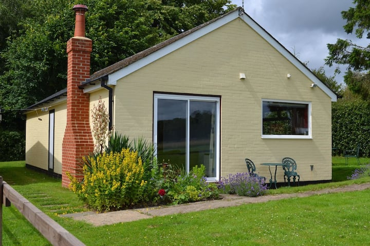 Rural Holiday Home in Tunbridge Wells near Cycling and Sailing