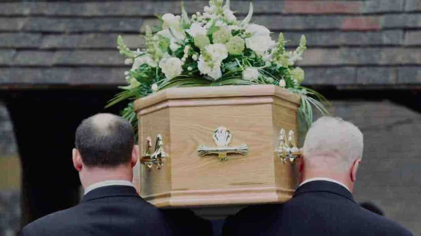 Attending a Funeral? House For 1 to 5, Mold, Wales