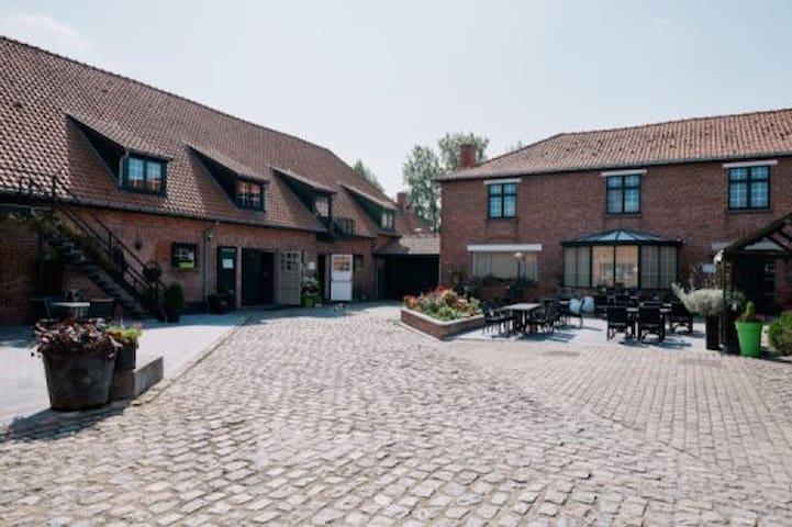 Maison à la campagne jusque 30 pers - Comines-Warneton - Haus