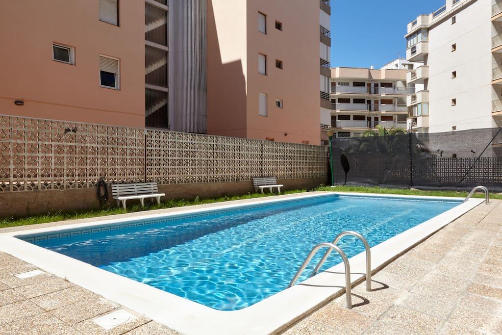 apartament piscina opcional garaje independiente appartements louer salou catalunya. Black Bedroom Furniture Sets. Home Design Ideas