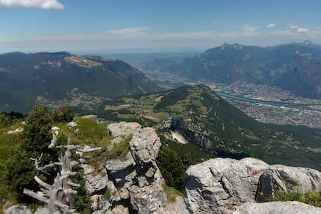 95m2  en montagne, Vercors, proche Grenoble - Saint-Nizier-du-Moucherotte - House