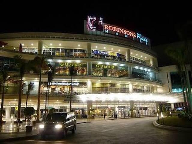 Robinson's Mall Manila