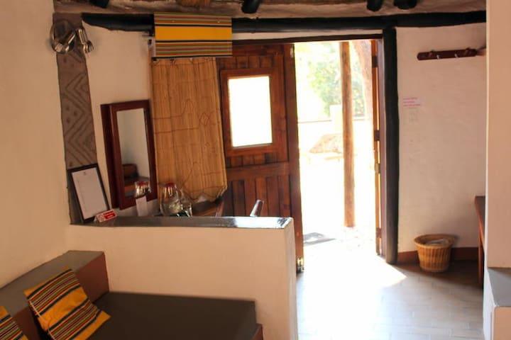 Mashovhela Bush Lodge - Superior: Chalet 1