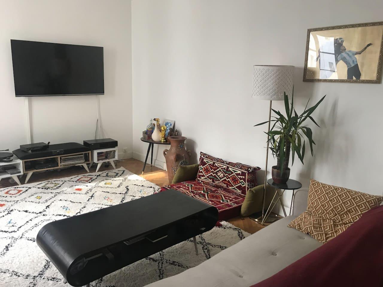 Salon avec canapé 3 places
