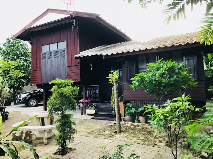 Baan Maa nam wooden house