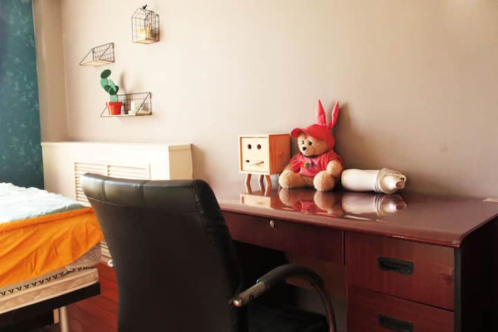 独立卫浴双人间大床房 798艺术区LOFT宏源公寓 地铁直达北京南站望京SOHO三里屯将台机场商圈