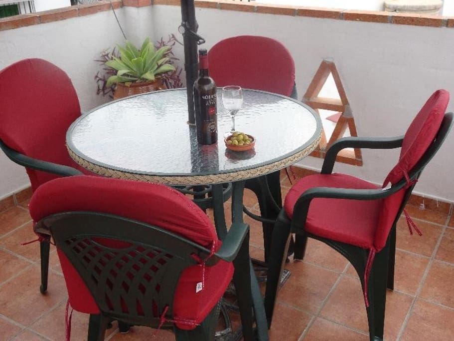 Comfortable 2nd Terrace with summer kitchen