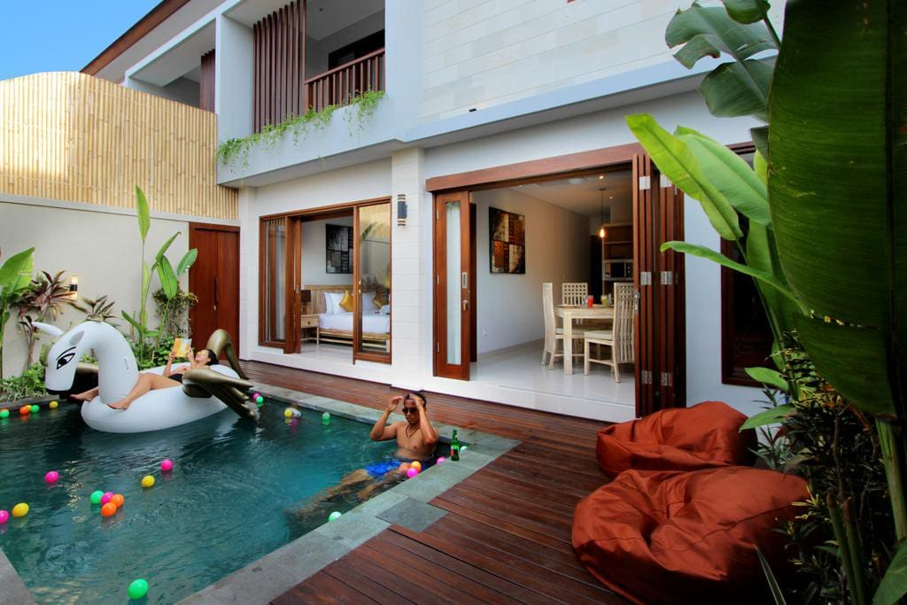 Nice Private Pool