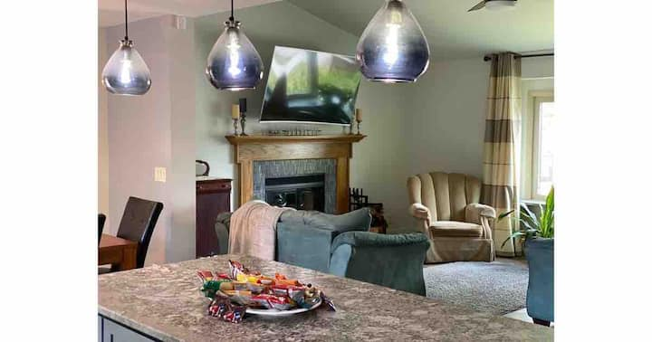 Chic and comfortable 3 bed 2 bath home