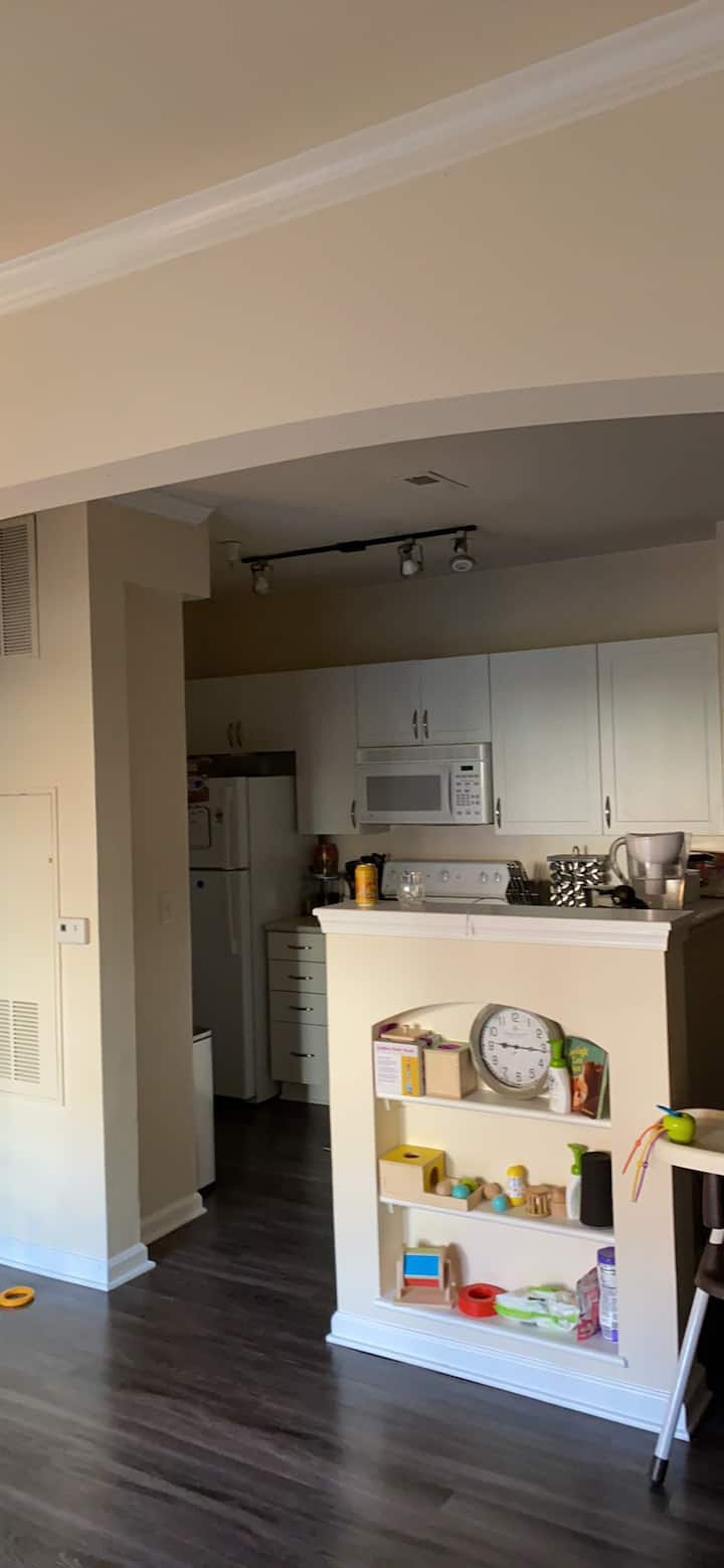 Spacious and roomy - few miles from DT Frederick