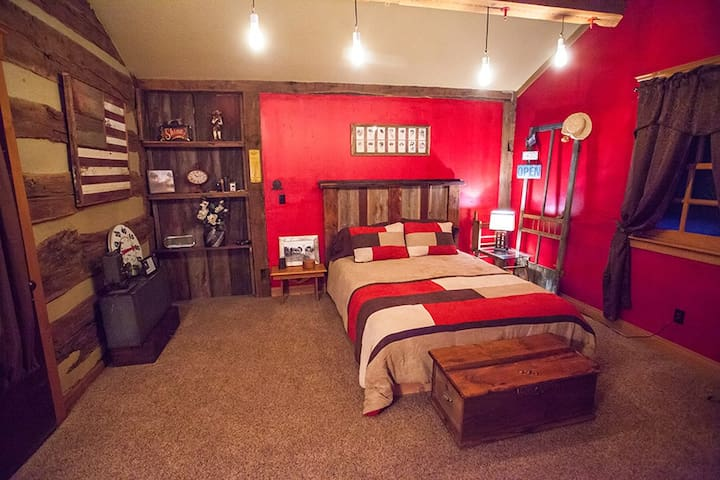 Separate bedroom with Queen sized bed