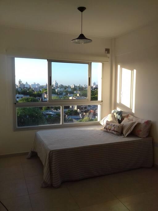 vista panorámica y cama doble